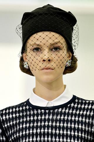 Делаем элегантную зимнюю шапку собственноручно