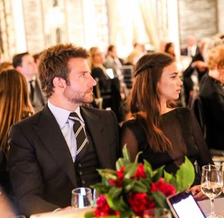 Ирина Шейк и Брэдли Купер впервые появились вместе на официальном мероприятии