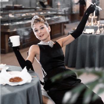 История little black dress: от Шанель до Бекхэм