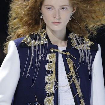 Неделя моды в Париже: винтаж и космос Louis Vuitton