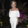 Шэрон Стоун в ослепительно белом наряде впечатлила Лос-Анджелес красотой! Фото
